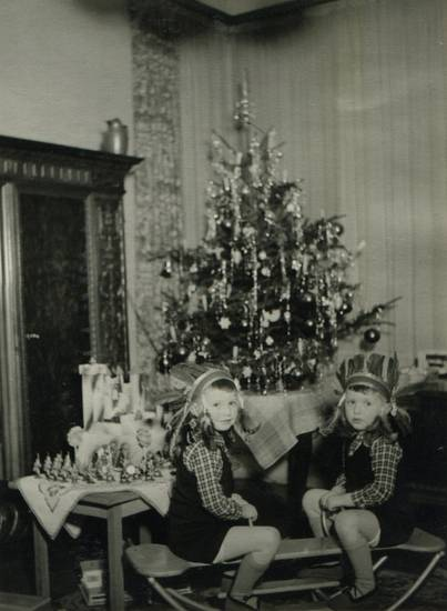 weihnachten 1941 wdr digit. Black Bedroom Furniture Sets. Home Design Ideas