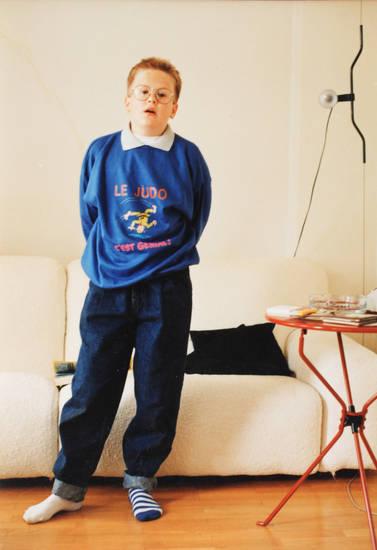 Brille, Liam, Ringelsocke, Style, Sweatshirt