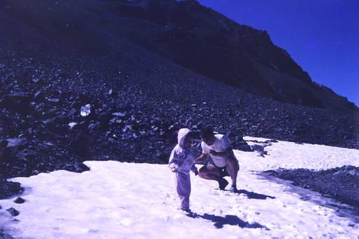 Wandern in Schnee und Sonne
