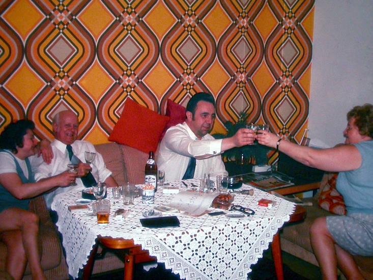 70er, couch, Feiern, geburtstag, Prost, tapete, Wohnen