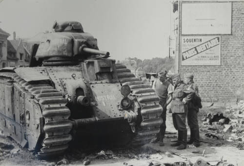 Panzer in Le Catelet