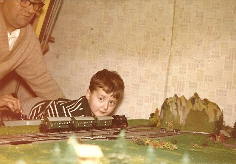 geschenk, Kindheit, Modelleisenbahn, Schiene, Spielzeug, Weihnachten