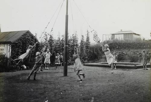 Auf dem Spielplatz