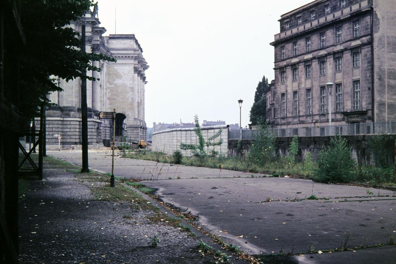 Reichstag und Mauer - WDR Digit  Reichstag und M...