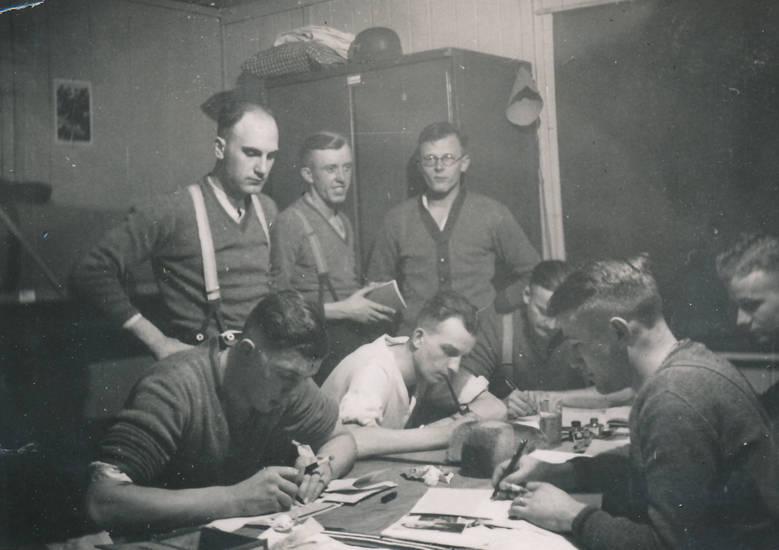 Männer, papier, schreiben, tinte