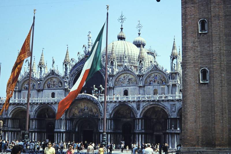 fahne, gebäude, italienurlaub, kuppel
