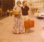Paar mit Koffer