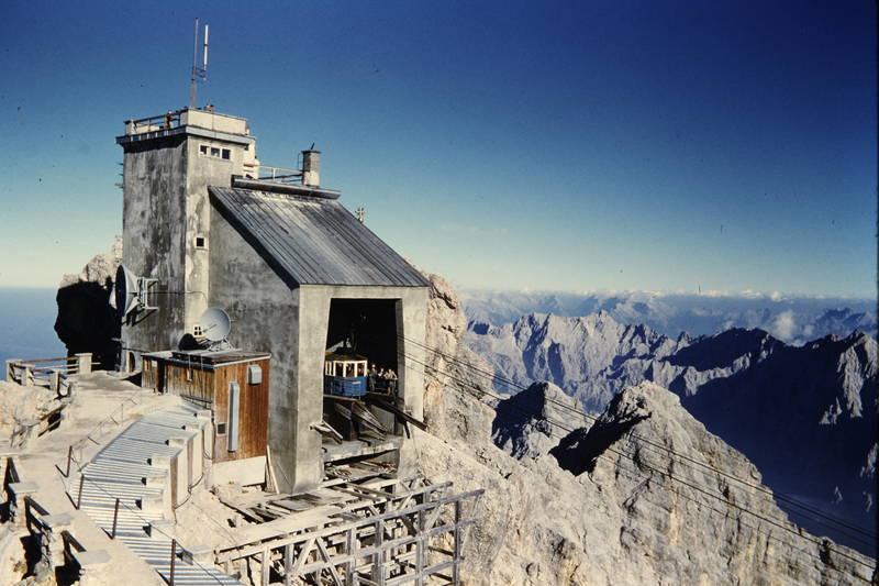 Alpen, Berge, Bergstation, Gondel, Gondelbahn, minidomm, Österreich, Seilbahn, Station, Zugspitze