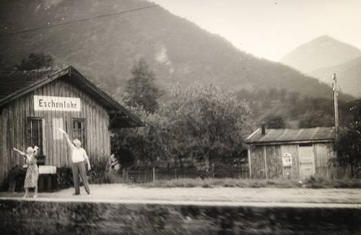 Abschied am Bahnhof Eschenlohe