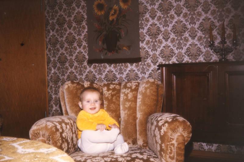 baby, einrichtung, kleinkind, sessel, tapete, wohnzimmer