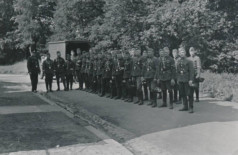 Soldaten, Uniform