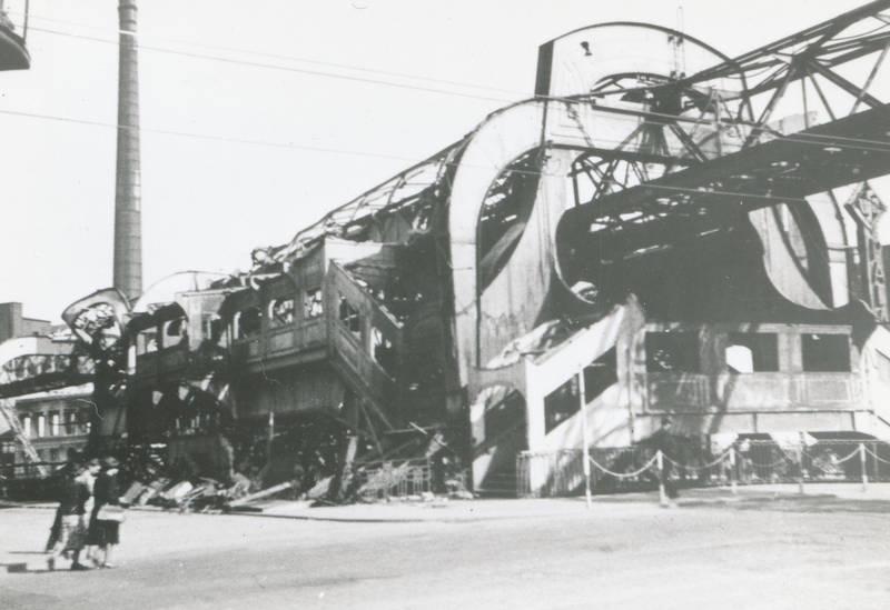 Alter markt, barmen, Bombenangriff, luftangriff, Rathausbrücke, Ruine, Schwebebahn, trümmer, Wuppertal