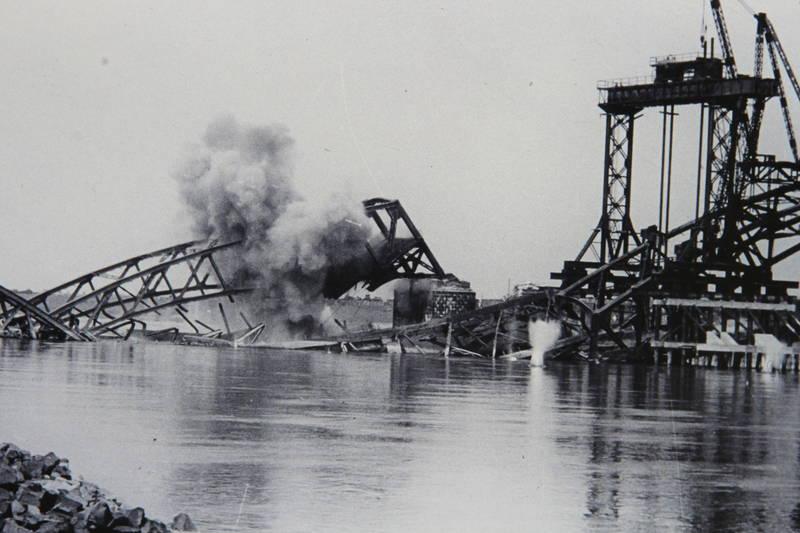 Düsseldorf, Hammer Brücke, Hammer Eisenbahnbrücke, neuss, Rhein, Rheinbrücke