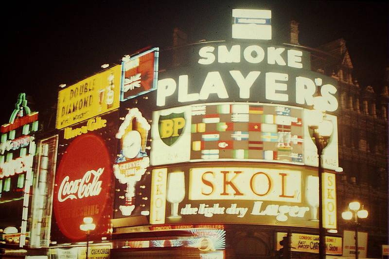 bp, Coca-Cola, double diamond, london, Picadilly, Picadilly circus, skol, smoke player's