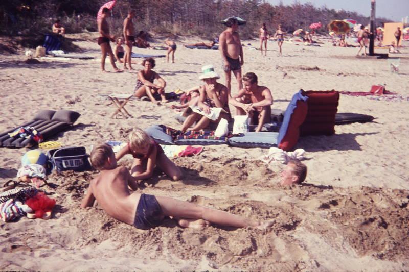 Buddeln, familie, Kindheit, Luftmatratze, sand, strand