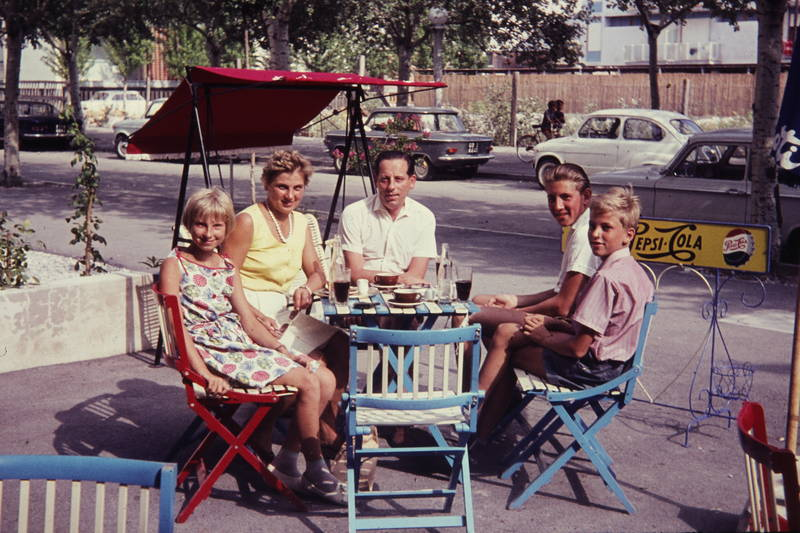 familie, hollywoodschaukel, kaffee, limonade, Pepsi, pepsi-cola