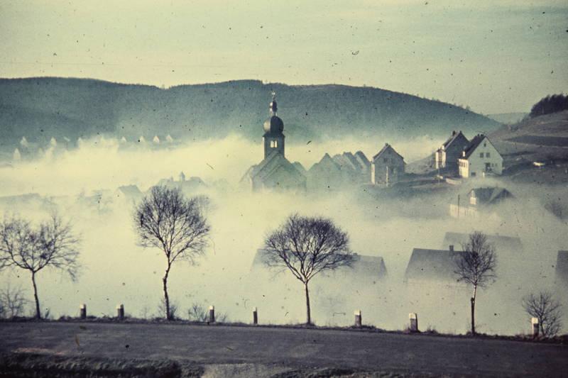 dorf, eisern, Evangelische Kirche, kirche, Kirchturm, nebel, Siegen