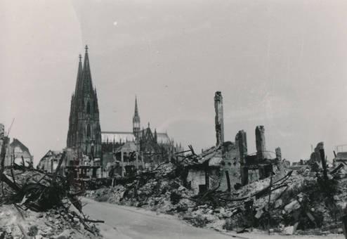Köln in Trümmern