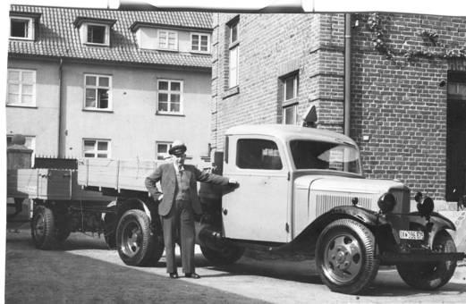 """Ford V8 LKW 90 PS"""