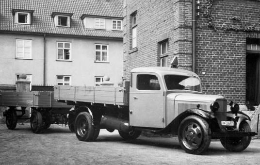 LKW Ford V8