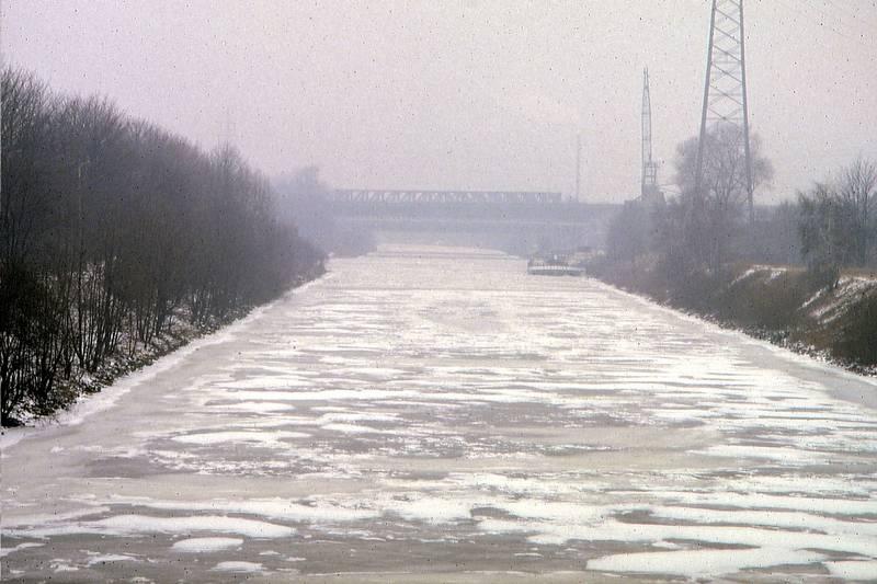 Eis, Frost, KulturKanal, Rhein-Herne-KanaL, schnee