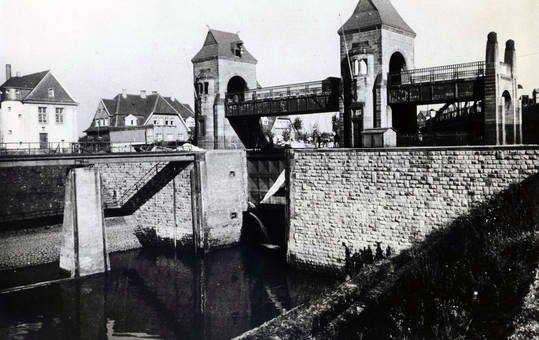 Schleuse Duisburg Meiderich