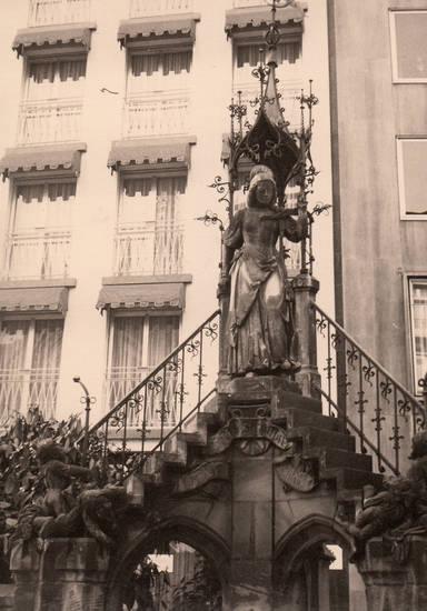 heinzelmännchenbrunnen, köln