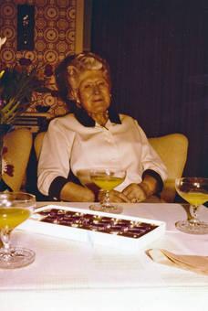Oma Gertrud