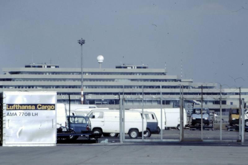 Airport, Flughafen, KonradAdenauerFlughafen, lufthansa