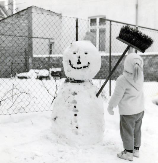 Besen, schnee, schneemann, winter