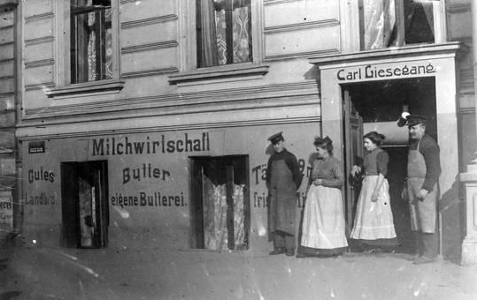 Berlin 1919, Milchgeschäft