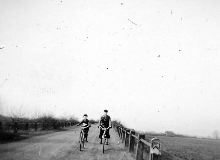 fahrrad, Kalkum, kalkumer wald