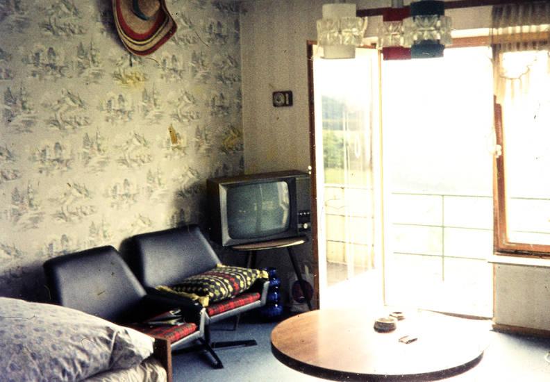 m bel wdr digit. Black Bedroom Furniture Sets. Home Design Ideas
