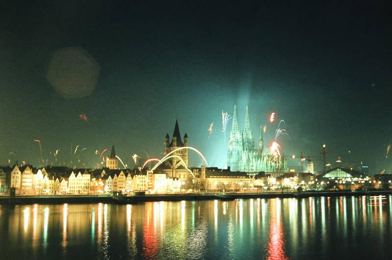dom, Feuerwerk, groß st. martin, köln, Kölner Dom, Neujahr, Rakete, silvester