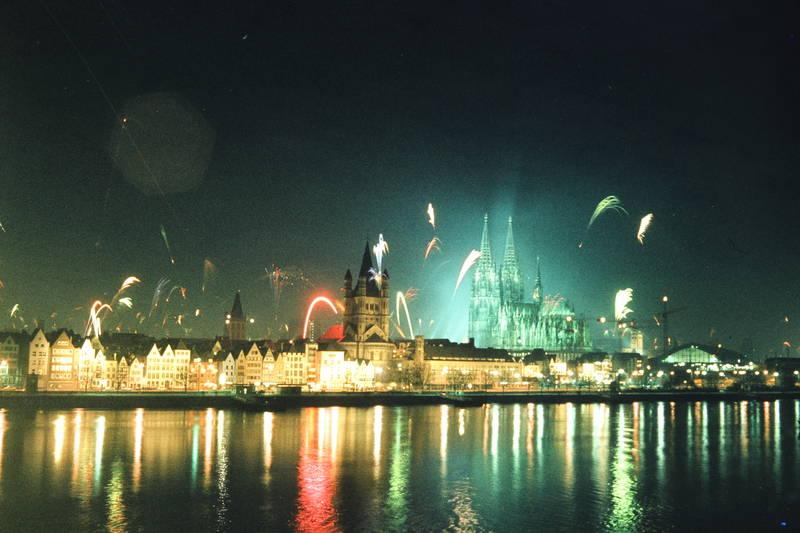 Feuerwerk, groß st. martin, köln, Kölner Dom, Neujahr, Rakete, silvester