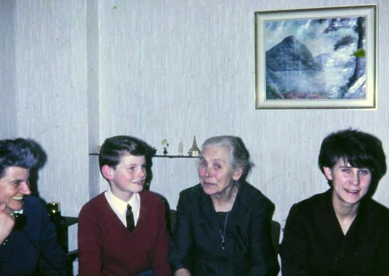 bild, familie, Großmutter, regal, wohnzimmer