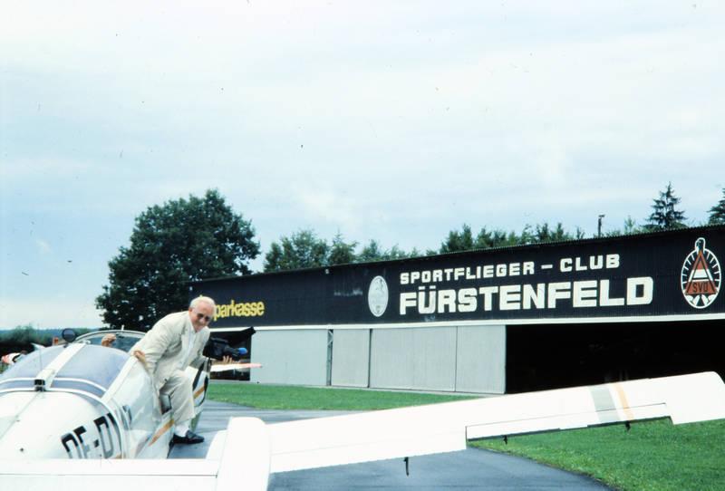 Flugplatz, Fürstenfeld, Österreich, sportflieger