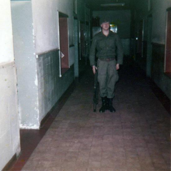 Bundeswehr, Uniform, Waffe