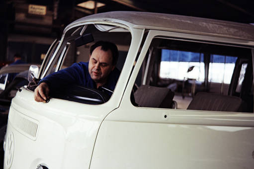 Im VW Bus