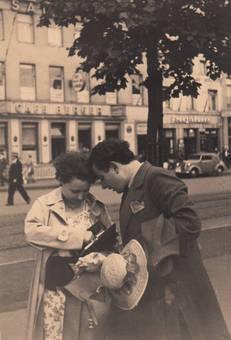 Auf dem Neumarkt 1936