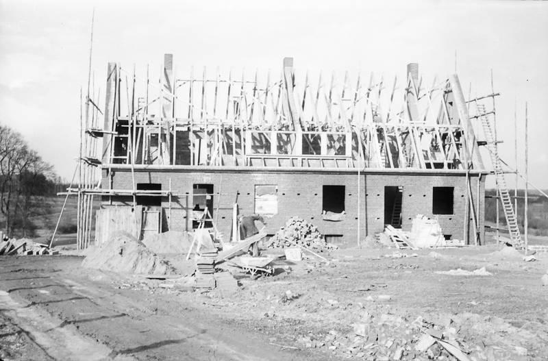 arbeiten, Bau, Bauarbeiter, baugerüst, baumaterial, Baustelle, Dach, erde, gerüst, haus, Hausbau, leiter, Rohbau, Stein