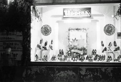 Schuhe im Schaufenster