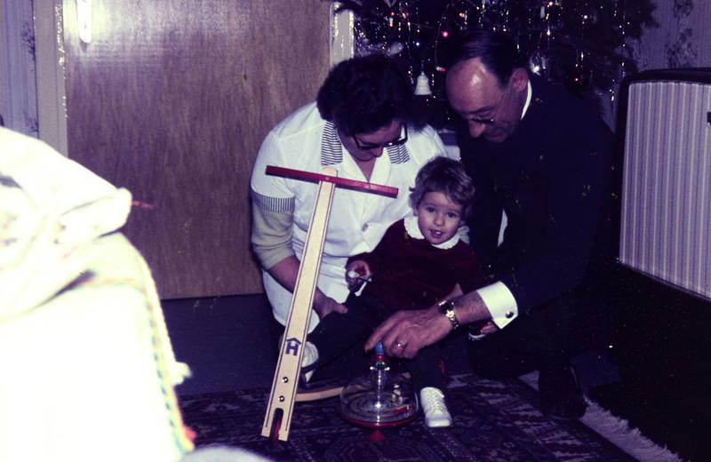geschenk, Kreisel, Tretroller, Weihnachten, Weihnachtsbaum