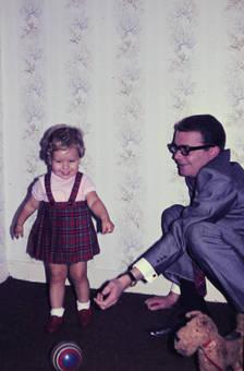 Mit dem Vater spielen