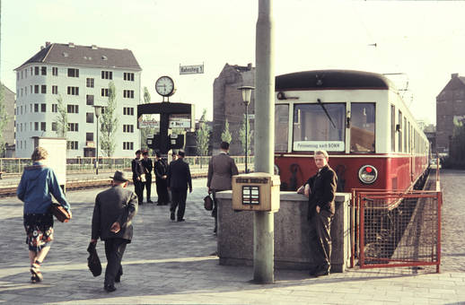 Bahnhof Barbarossaplatz