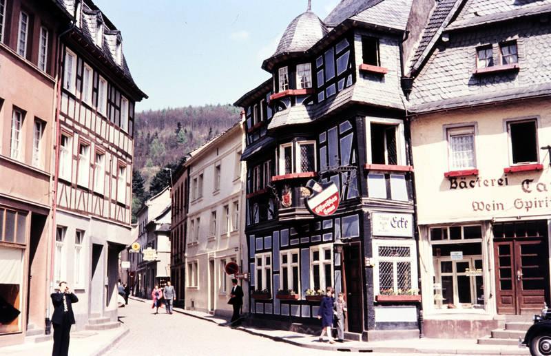 adenau, ausflug, bäckerei, Blaue ecke, eifel, historisches haus, markt, passanten, Wittlich