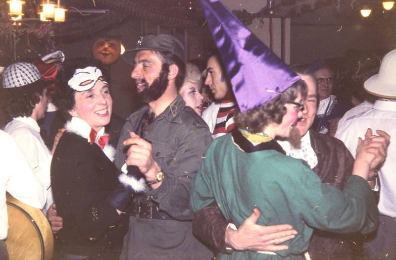 armbanduhr, feier, hut, karneval, Kostüm, maske, Paartanz, spitzhut, tanz, verkleidung