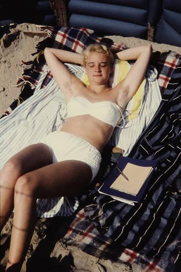 bademode, Bikini, Buch, Handtuch, reise, sonnen, Sonnenbad, urlaub