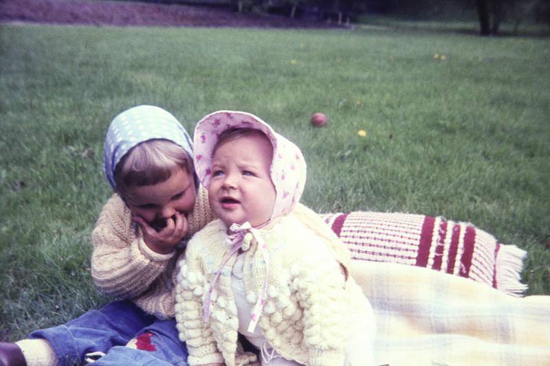 baby, Decke, Kindermode, Kindheit, kissen, kleinkind, Schwester