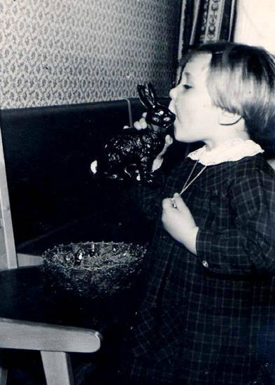 Kindheit, osterhase, Ostern, Schokohase, Schokolade